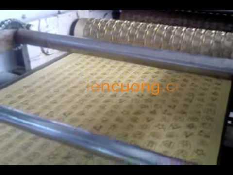 Dây chuyền sản xuất bánh gấu mới www.maythucpham.vn