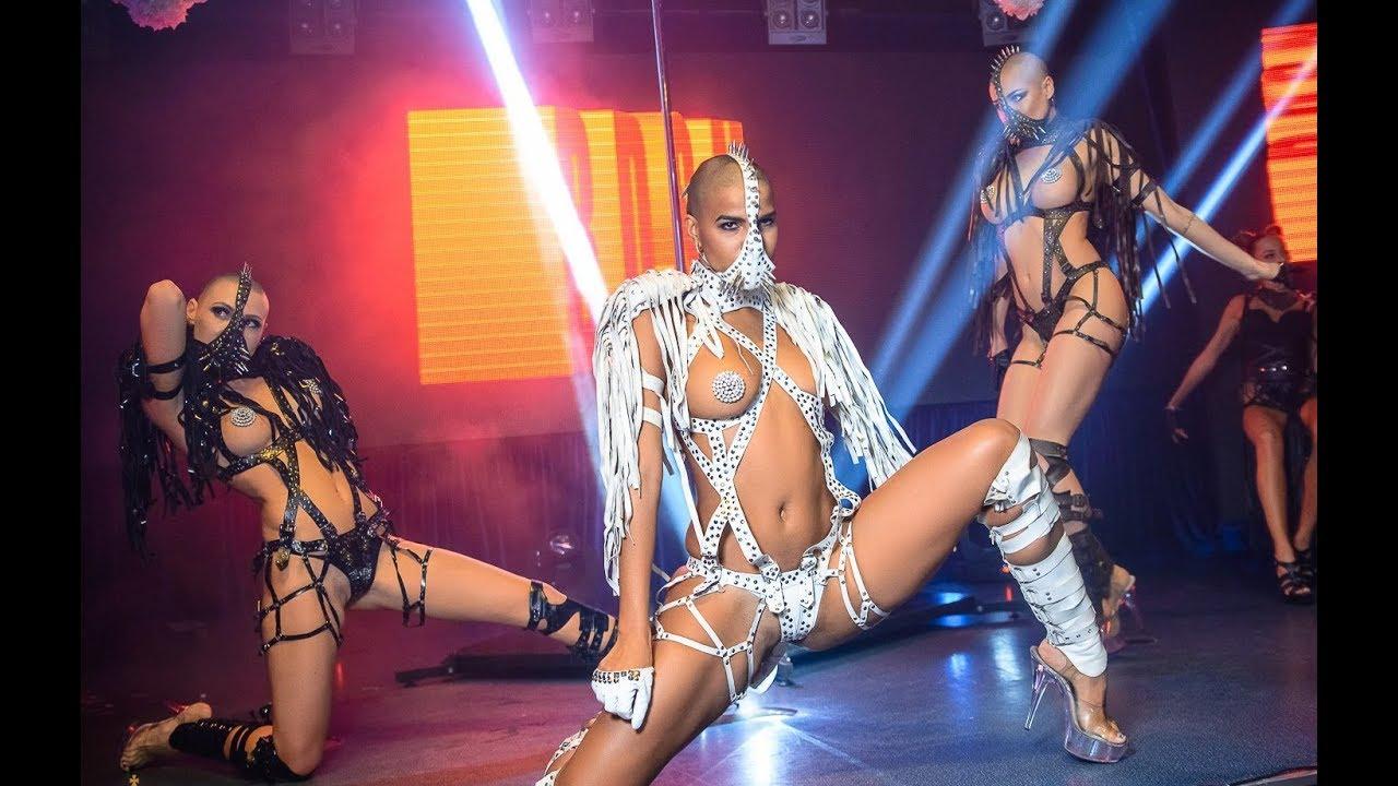 Sexy night show