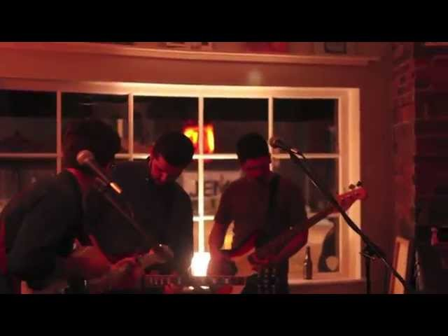 "Overholt - ""Smoke Rings"" (Live at Little Amps)"