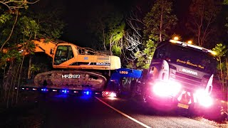 Gambar cover Unexpected Crash Doosan 500LCV Excavator Transport By Scania R580 Lowbed Truck