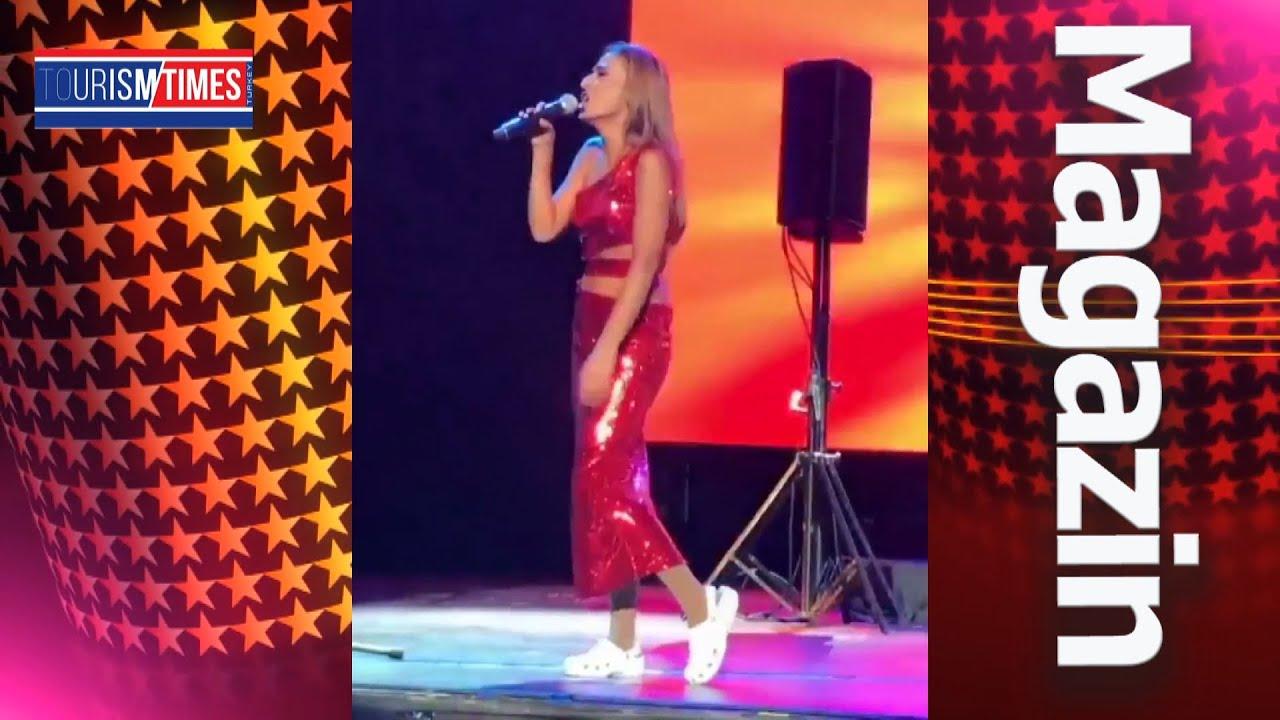 Harbiye Açıkhava'da konser veren Yıldız Tilbe, Crocs terliklerle sahneye çıktı ️ Sizce nasıl