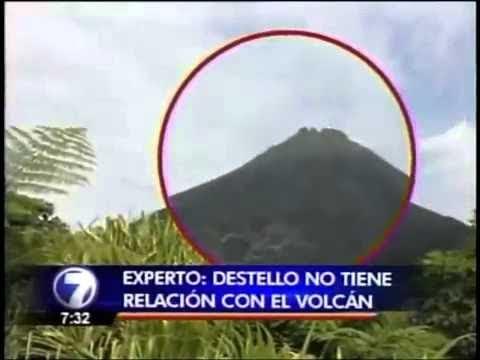 OVNI En El Volcán Arenal Costa Rica - UFO