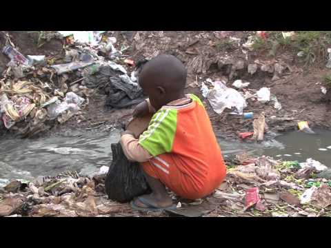 Slum Stories: Kenya - Going to the toilet in a slum