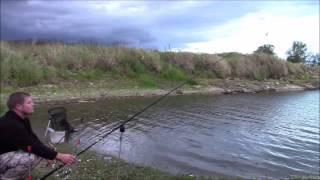 Nocna wrześniowa zasiadka na Odrze   sum leszcz okoń   wędkarstwo gruntowe   film wędkarski