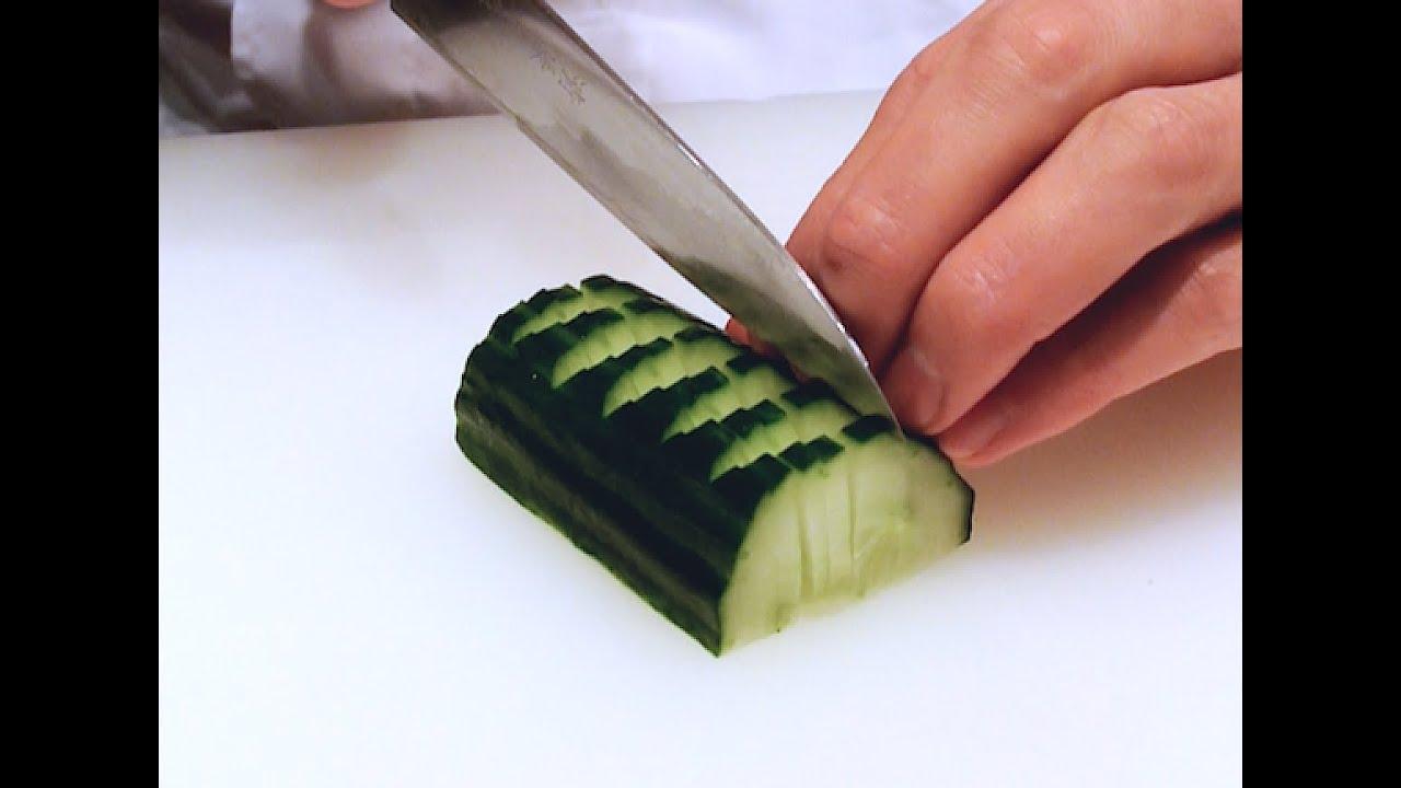 japanese cutting skills super sharp japanese utility knife youtube. Black Bedroom Furniture Sets. Home Design Ideas
