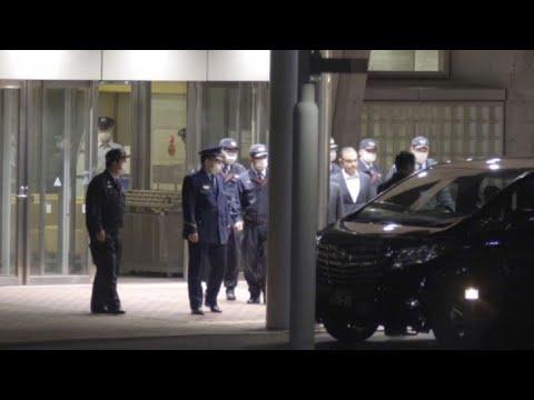 Carlos Ghosn sort de prison après sa libération sous caution | AFP Images