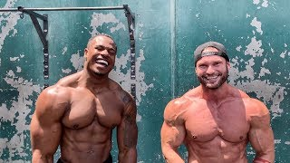 [RAW} OUTDOOR SHOULDERS WORKOUT WITH TAVI CASTRO  (FULL ROUTINE)