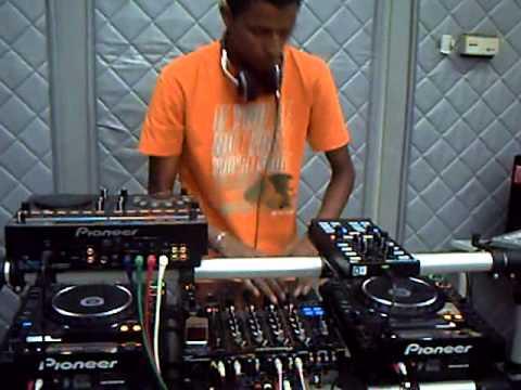 Mix Fm   Dj Paulo Alves Live @ Mix Fm 96 5   Luanda, 23 10 2010   Parte 8