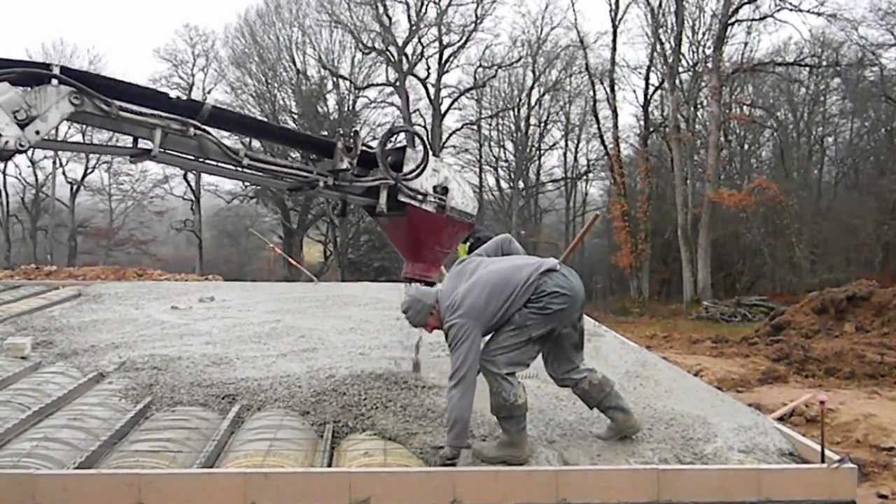 Dalle Beton Terrasse Youtube Coulage Dalle Béton - Youtube