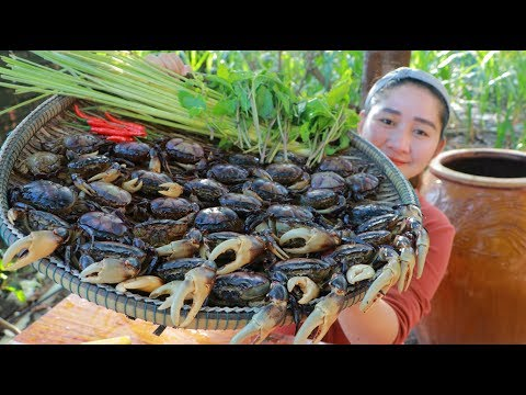 Tasty Spicy Crab Frying – Cooking With Sros