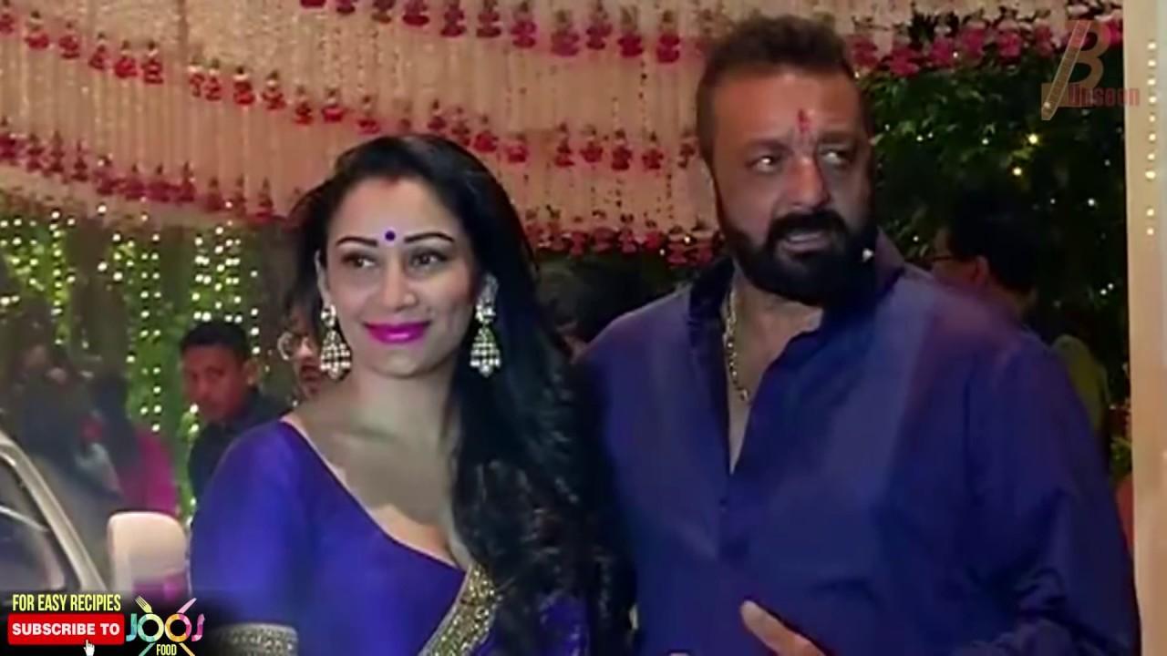 Sanjay Dutt's Wife Manyata Dutt At Ambani's Ganesh ...