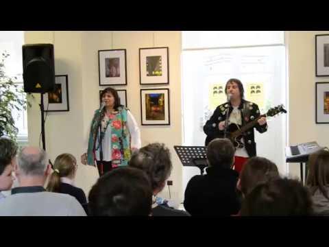 Caroll Macsana - I want to hold your hand des Beatles