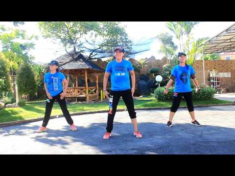 "Senam"" Turun Naik Oles Trus By Fresh Boy Ft  Blasta Rap Family/Choreo By Chenci At WKM Garden Borneo"