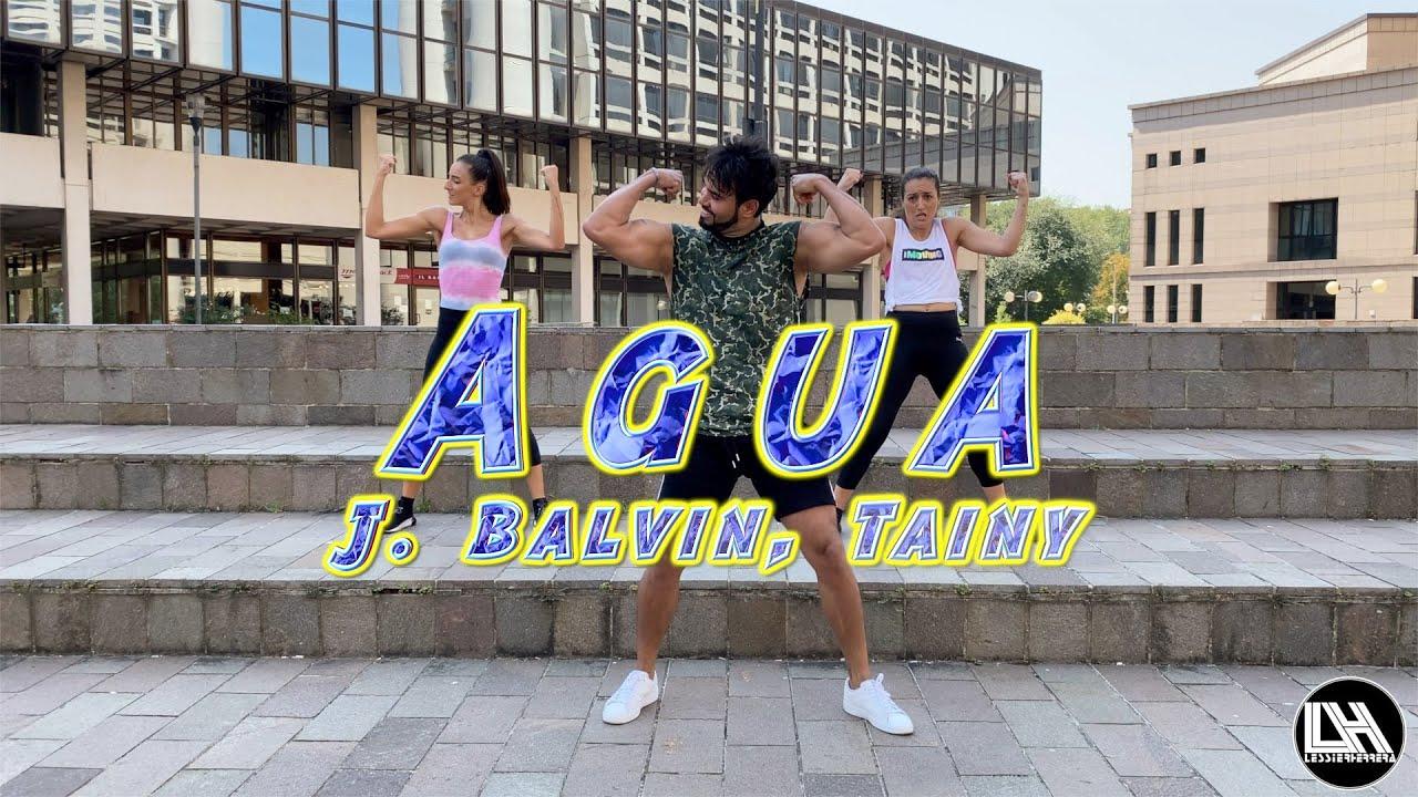 Agua - J. Balvin, Tainy - TikTok Challenge by Lessier Herrera Zumba