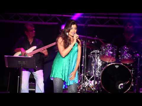 Lag Ja Gale - Shreya Ghoshal - Leicester Concert 2015