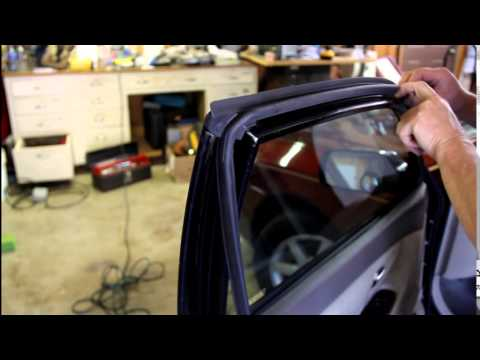 Replacing toyota sedan door seals youtube replacing toyota sedan door seals sciox Images