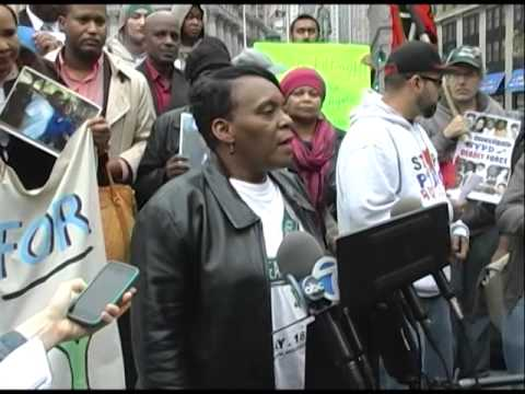 Valerie Bell, mother of #SeanBell at #RamarleyGraham rally