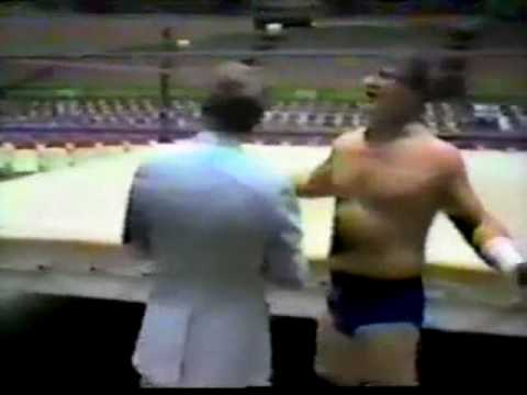 Terry Funk Cussing Mad - Funny Interview at Empty Arena Match (4-6-81) Memphis Wrestling