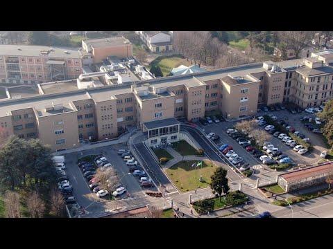 Coronavirus, primo contagio in Italia: l'ospedale di Codogno visto dal drone