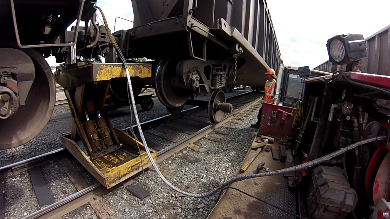 Railcar Wheel Changeout  Aka Insane Repairs