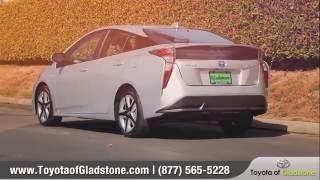 2017 Toyota Prius Review