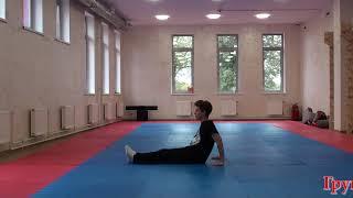 видео Акробатические упражнения: виды, выполнение