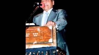 Abhi Na Jao Chhod Kar Ke Dil Abhi Bhara Nahin ---- Tribute to mohd rafi by hashim khan.wmv
