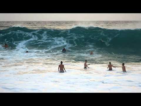 sandy's-oahu-bodyboarding-big-wave-wipeouts---slow-motion