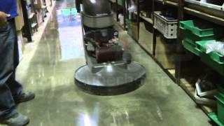Renovace betonové podlahy technologií Superbeton C2 Lithium
