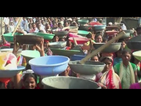 Thumbnail: Water Cup Brings People Together (वॉटर कप साठी लोक आले एकत्र)