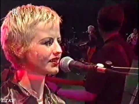 Ode to my family - The Cranberries Live Alabama, Munich 1994