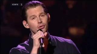 Rasmus Seebach - Den jeg er (LIVE)  LYRICS ....