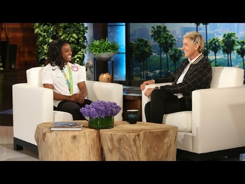 Thumbnail: Olympic Gymnast Simone Biles Returns from Rio