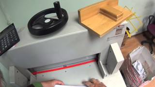 Как правильно резать визитки на нужный размер(Как правильно расположить визитки для печати на бумаге, чтобы затем их порезать на точный размер без особо..., 2015-06-01T01:03:49.000Z)