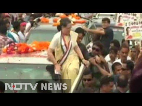 10,000 bikers for Sonia Gandhi's show of strength in PM's Varanasi today