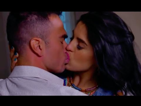 Download Zelma Cherem Kiss HD