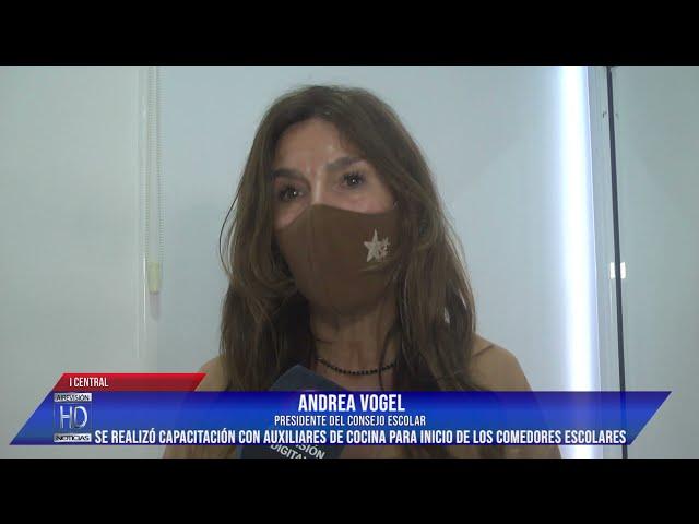 Andrea Vogel    Se realizó capacitación con auxiliares de cocina para inicio de los comedores escola