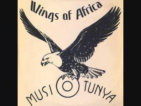 """Wings of Africa"" (Zambia, 1975) de Rikki Ililonga & Musi O Tunya"