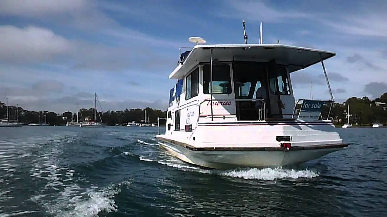 33 Vickers House Boat Youtube