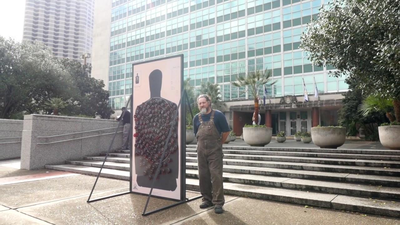 guerilla-artist-calls-attention-to-gun-violence-in-new-orleans