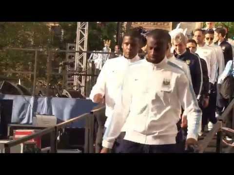 Spekulationen beendet! Yaya Toure bleibt bei Manchester City | Kein Wechsel zu Paris Saint-Germain