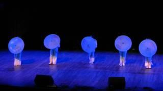 伞舞 - 2012维多利亚春节联欢晚会