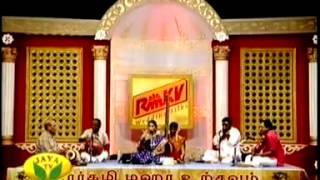 Nithyasree Mahadevan 2008 MM 10 chinnanchiru kiLiyE and dikkugaL eTTum chidaree   YouTube