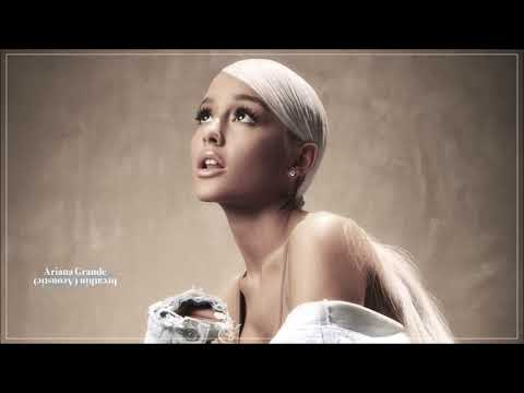 Ariana Grande – breathin (Acoustic Version)