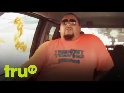 South Beach Tow - Junior and Bernice Get Shot By Paintballers
