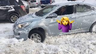 Застряла на машине в снегу зимой, что делать? Автомобильный набор brandcamp.