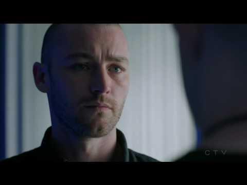 Russell Tovey  Harry Doyle Is Elias Harper his ex boyfriend ?   Quantico tv series 7