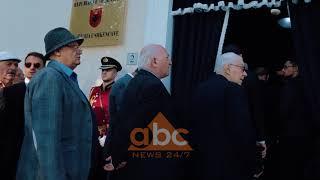 Mberrijne ne atdhe eshtrat e Mid'hat Frasherit   ABC News Lajme