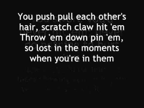 Eminem ft. Rihanna - Love The Way You Lie lyrics.