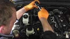 How to service a Nissan engine